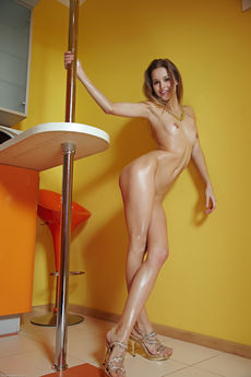 Skinny Teen Angela Oiled Nude Pussy Asshole Kitchen Tease - Picture 6